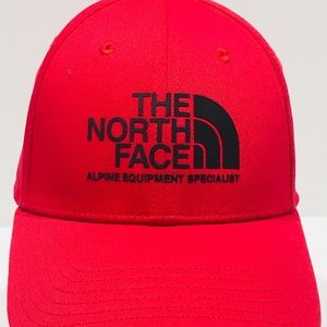THE NORTH FACE Baseball Cap Hat Adjustable RED NWT